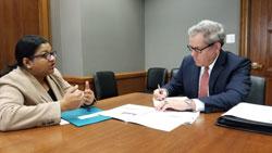 Sapna Gangaputra, MD (Vanderbilt Eye Institute) with Arne Owens in the office of Senator Bob Corker (R-TN)