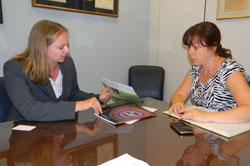 Rebecca Pfeiffer, PhD (Moran Eye Center/University of Utah) with Karen LaMontagne, office of Senator Orrin Hatch (R-UT)