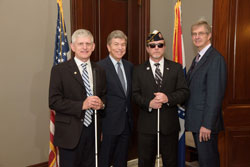 From left: Dr. Zampieri, Senator Roy Blunt (R-MO), First Sergeant (Ret.) Wallace, and Dr. Clark