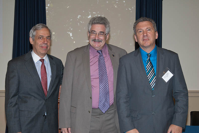 Left to right: Dr. Zack with briefing hosts Foundation Fighting Blindness (FFB) Chief Research Officer Stephen Rose, Ph.D. (center) and AEVR Executive Director James Jorkasky