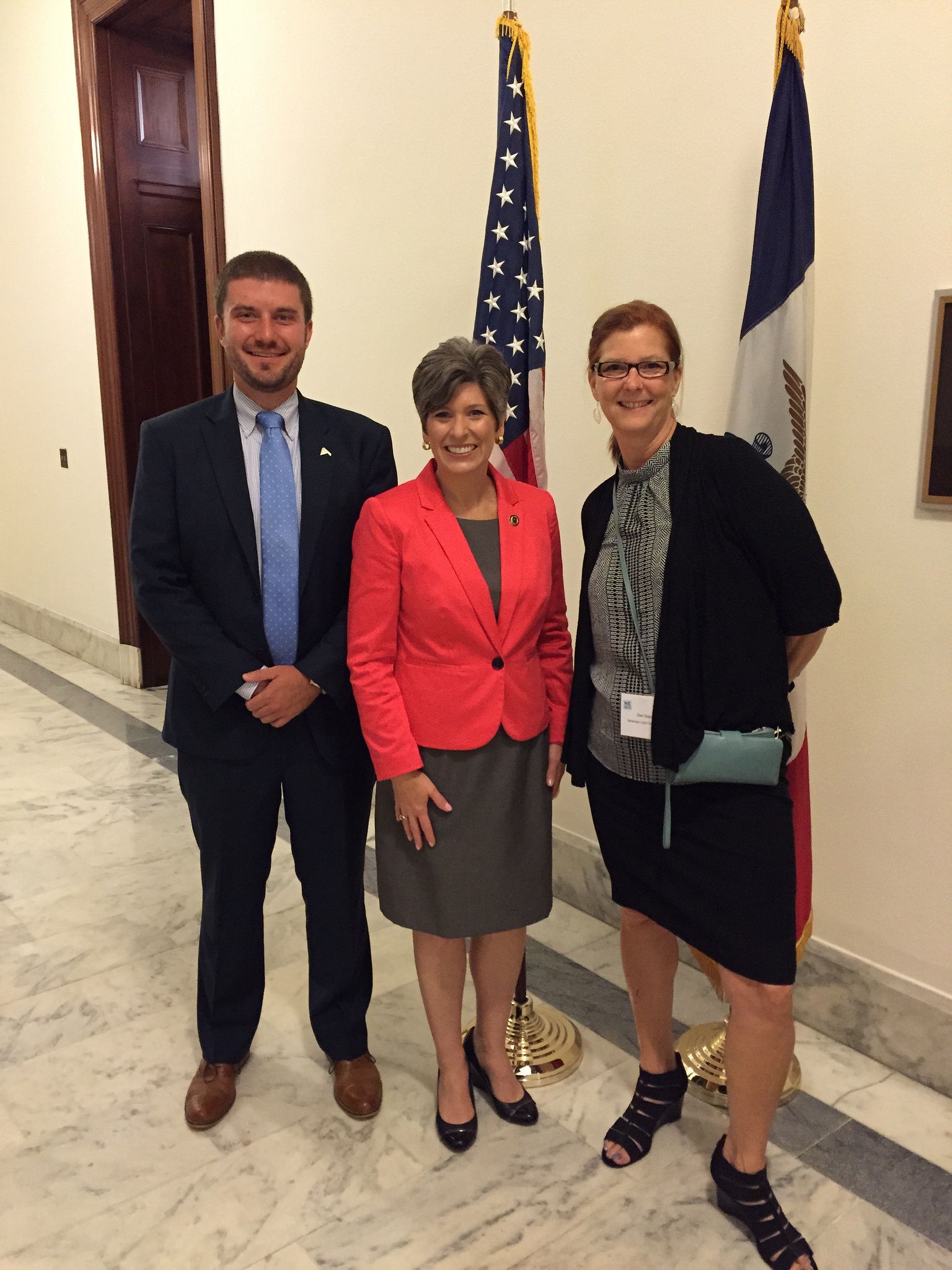 Innovate Iowa meets with Sen. Joni Ernst during the 2016 WWFH Summit